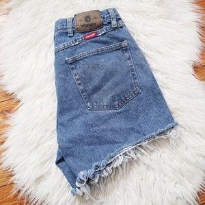Vintage Wrangler Fray Hem Cut Off Jean Shorts